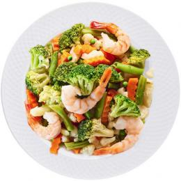 Steamed vegetables with shrimps